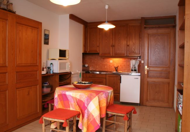 Appartement in Sète - Appartement Sete direct aan zee (code 2.48)